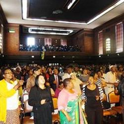 Bfn residents hold prayer service for Madiba