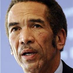 Ian Khama attacked by cheetah