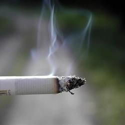 India to raise smoking age to 25