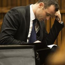 Pistorius lawyer maintains accused called security first