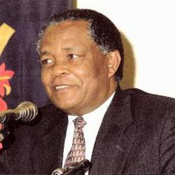 Ngoepe calls for four year LLB to be scrapped