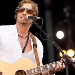 Arno Carstens's drunken driving trial to resume