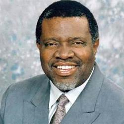 New Namibian president delivers first address