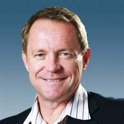 Before dawn: Dawie Roodt oor Nampo