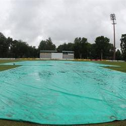Rain wreaks havoc on the first day of this weeks' Sunfoil Series