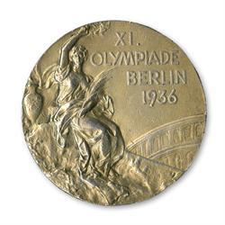 Jesse Owens Olympic gold medal to go on auction