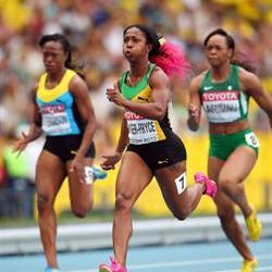 Pocket-Rocket Fraser-Pryce reclaims the women's 100m gold in Moscow