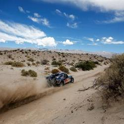 Sainz wins the 7th stage at the Dakar, De Villiers still in third