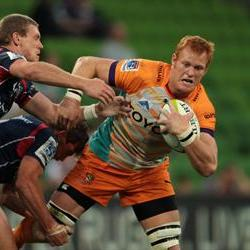 Broken hand rules Van der Walt out