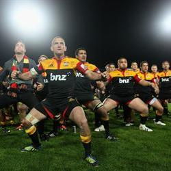 Chiefs sweat over their lineout