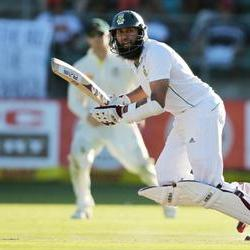 Amla replaces injured Smith at Surrey