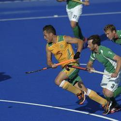 Ireland edge South Africa in London