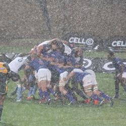 Raining tries in Bloem derby