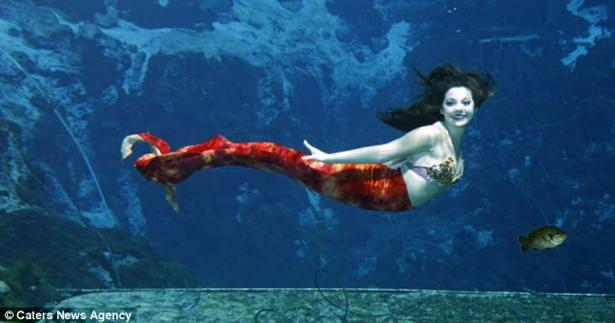 The real life little mermaid woman 19 fulfills for Dream of fish swimming