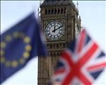 Analyst warns of UK recession this year over Brexit   News Article