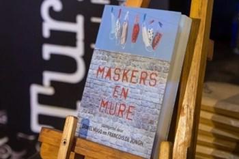 BoekHoek: Daniel Hugo en Francois de Jongh se 'Maskers en Mure' | Blog Post