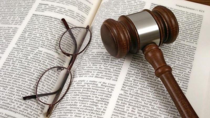 Verdagte verskyn in hof ná NK-polisiestasie rooftog   News Article