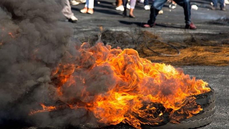 #SakeUur: #SAUnrest - Waterskeiding vir Suid-Afrika? | News Article