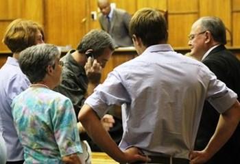 Staat vra dat GW-stad-moordverdagte op al 3 aanklagte skudig bevind word | News Article