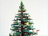 Want to build a Lego Christmas tree? Why not? | Blog Post