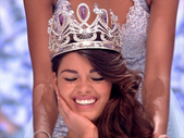 Afternoon Delight: Newly crowned Miss SA, Demi-Leigh Nel-Peters joins us. | Blog Post