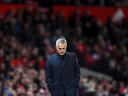 Manchester United sack Mourinho | News Article
