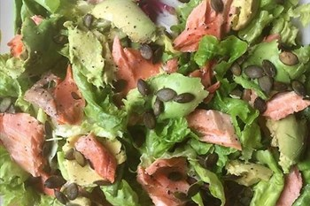 Ilse Cooks the Books: Salmon, avocado and pumpkin seed salad | Blog Post