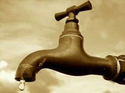 DA wants ministerial intervention after sewage spill | News Article