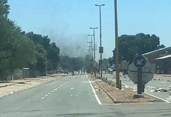 Protests flare up in Olifantshoek | News Article