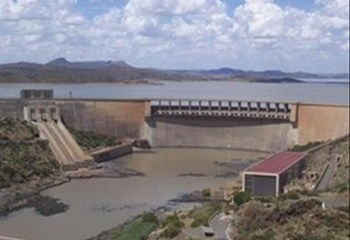 Dam levels drop despite some rain in Central South Africa | News Article