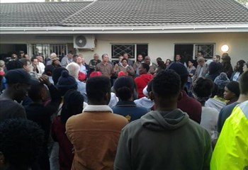WATCH: Planned halfway house for ex-convicts in Bfn causes an uproar  | News Article