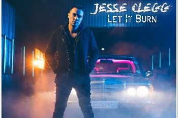 "Jesse Clegg chats about his latest single release ""Let it Burn"" {soundCHECK with Cyril}  