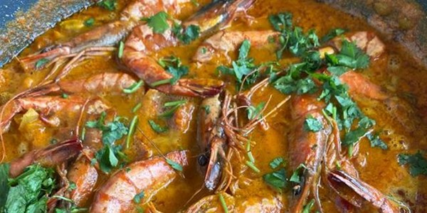 Ilse Cooks the Books: Mozambican Prawns | News Article
