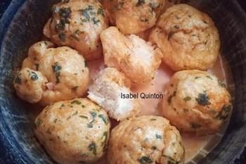 """Your Weekend Breakfast Recipe - """"LOCKDOWN"""" POTBROOD ROLLETJIES IN KNOFFELMELKSOUS   Blog Post"""