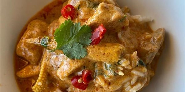 Ilse Cooks the Books: Thai Red Pork Curry | News Article
