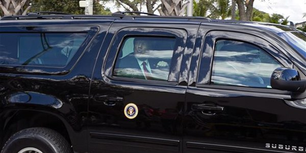 Trump arrives at home in Mar-a-Lago | News Article
