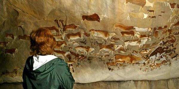 Police arrest suspected trader in prehistoric art | News Article