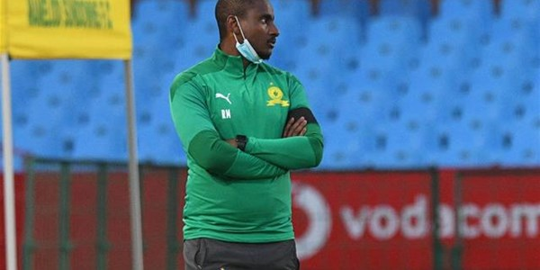 Pirates are a strong opponent - Mokwena | News Article