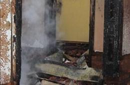 Building in Raymond Mhlaba Street burns down